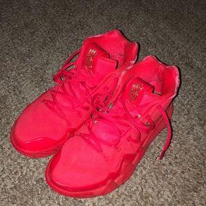 "Nike Kyrie 4 ""red carpet"""